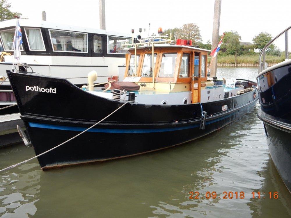 Sleepboot Ex-Rijkswaterstaat foto: 11