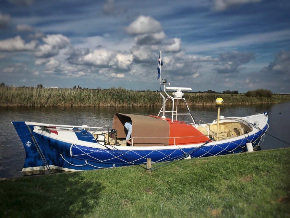 ex KNZHRM reddingboot Strandreddingboot foto: 2