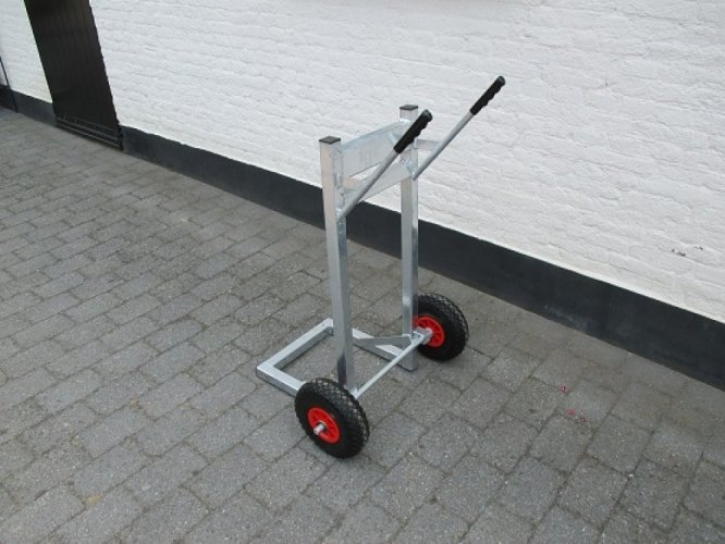 HZ-Buitenboordmotor trolley  foto: 1