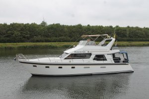 Bendie 12.50 Flybridge