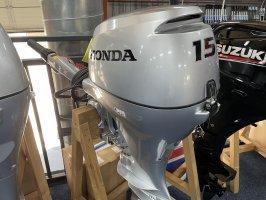 Honda 15  pk buitenboordmotor Kortstaart elektrische start