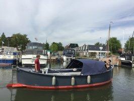 Sehr komplettes Luxus-Rettungsboot