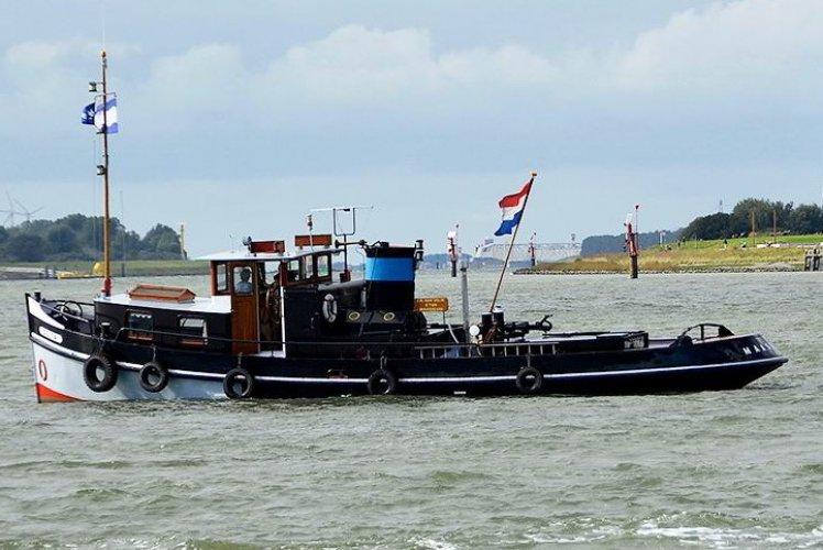 Varend Schip Motorsleepboot foto: 0