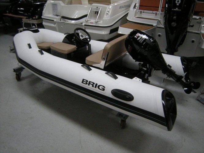 Brig Falcon 330 Tender foto: 0