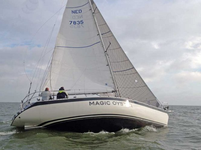 Oyster 41 (ex IOR Racer) foto: 0