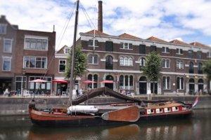 Historisch zeilend bedrijfsvaartuig Groninger Bolschip