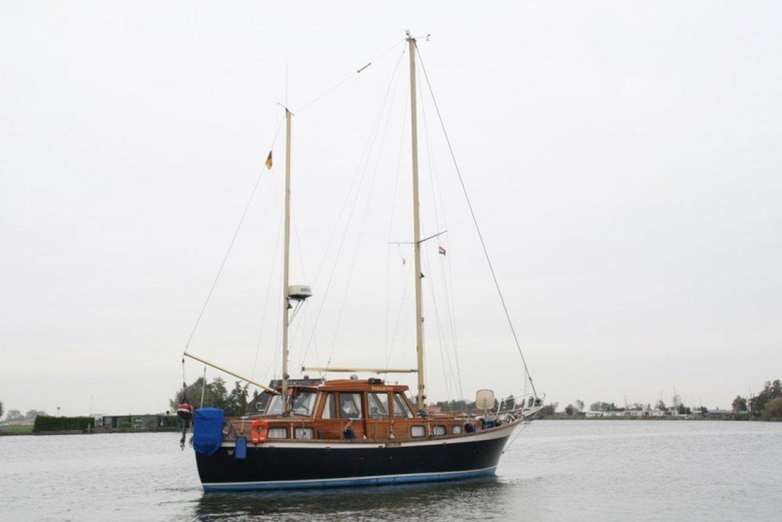 Nauticat 33 foto: 1