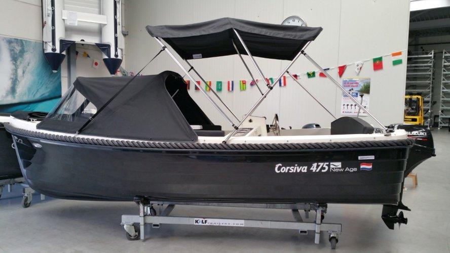 Corsiva 475 grachtenboot Nu ook special editions foto: 1