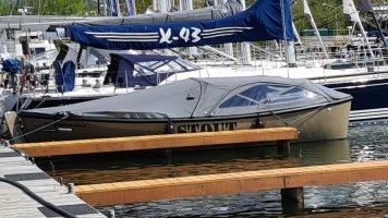 STOUT 750 grachtenboot | Suzuki 30 Pk direct beschikbaar
