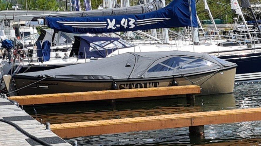 STOUT 750 grachtenboot | Suzuki 30 Pk direct beschikbaar foto: 0