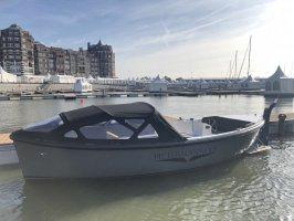 Pieterman 750 - Le canot de sauvetage moderne de 2020!