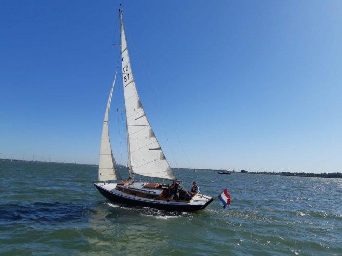 Stella Klassiek zeiljacht - Engelse Volksboot foto: 0