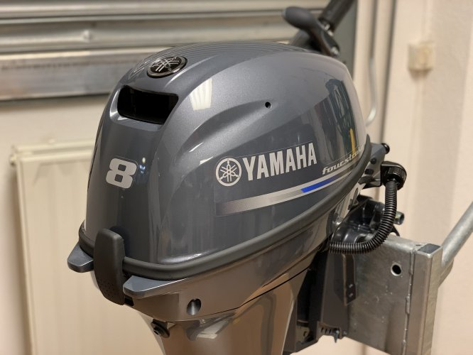 Yamaha Nieuwe 8PK en 9.9PK 4takt 8 pk 9.9 pk