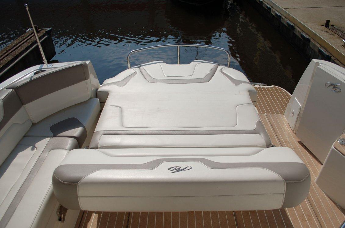 Monterey 335 Sport Yacht foto: 3
