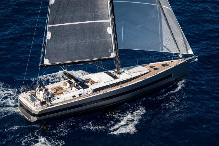 Beneteau Oceanis Yacht 62 foto: 0