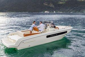 Invictus yacht Invictus 250 CX sportboot