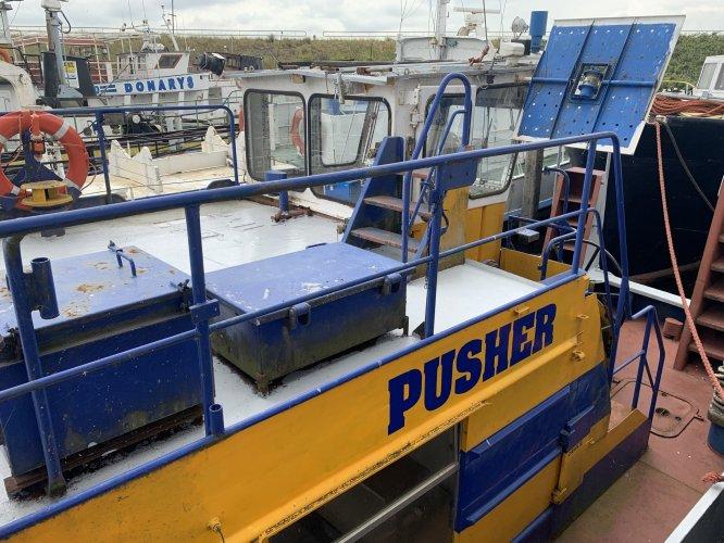 Pusher duwboot met Schottel aandrijving duwboot Enkelschroefs met Schottelaandrijving foto: 0
