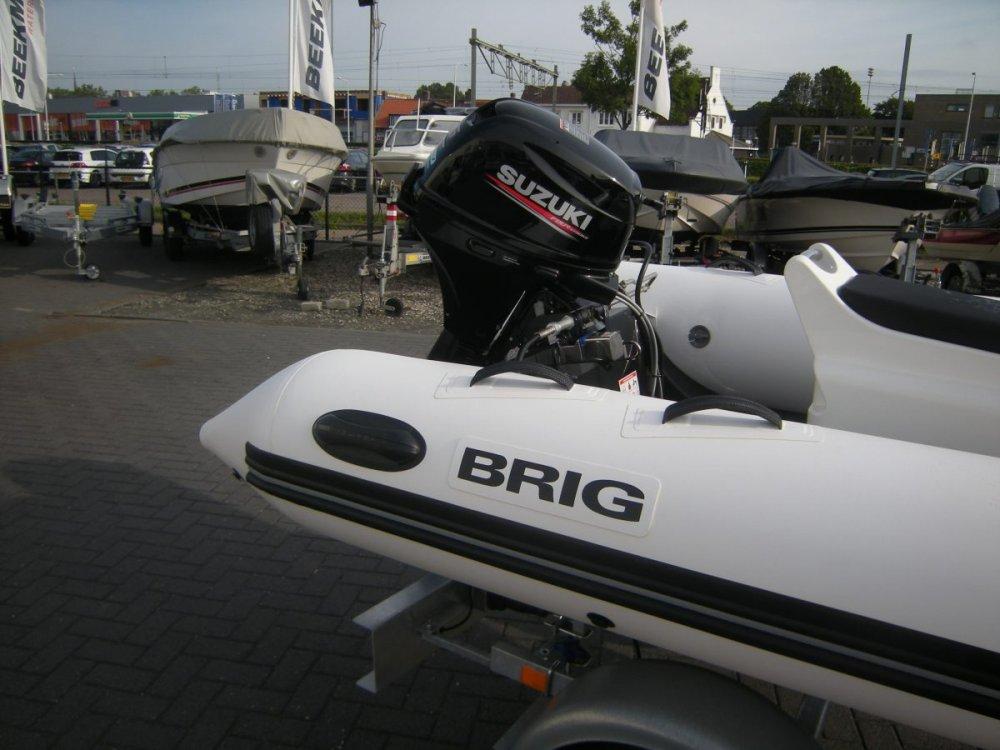 Brig Falcon 330 Sport (met Jockeyconsole) foto: 1