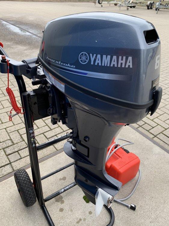 Yamaha F8CMH foto: 0