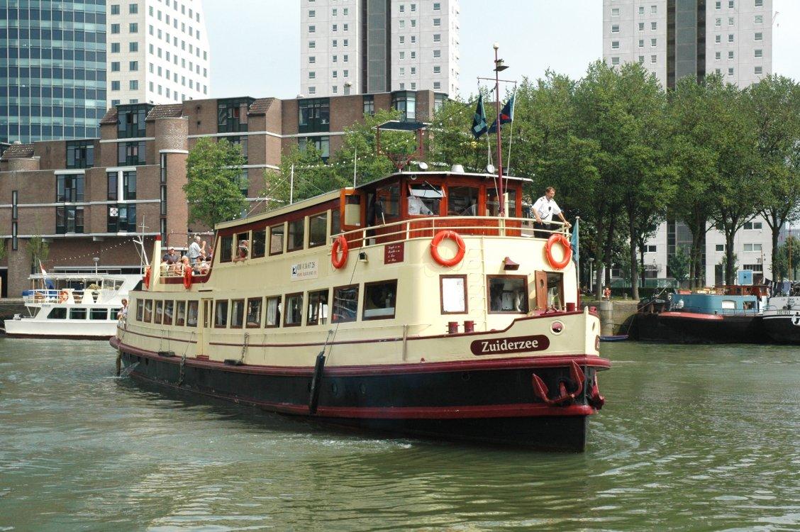 Salonboot ombouw woonschip woonboot foto: 5