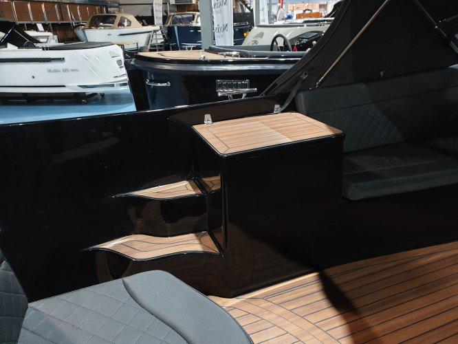 Maxima 750 Flying Lounge met Honda 60 pk - levering 2022! foto: 1