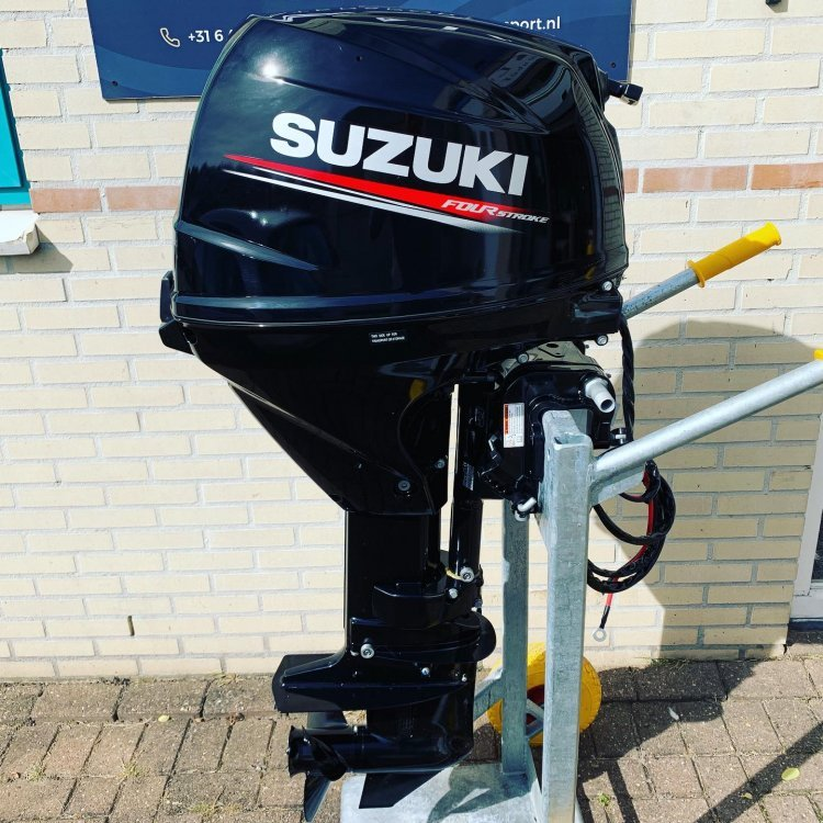 Suzuki Nieuwe 30pk Afst bediend DF30ARL 4takt buitenboordmotor foto: 5