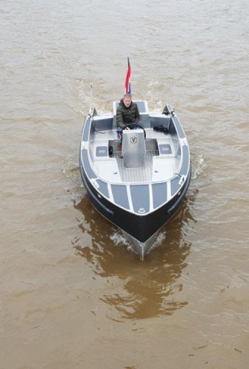 Van Vossen 600 tender/ SHOWROOM LEEGVERKOOP foto: 8