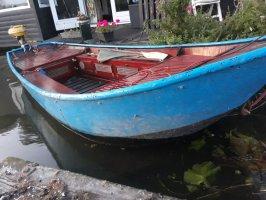 Grachten bootje vletje, Staal hout