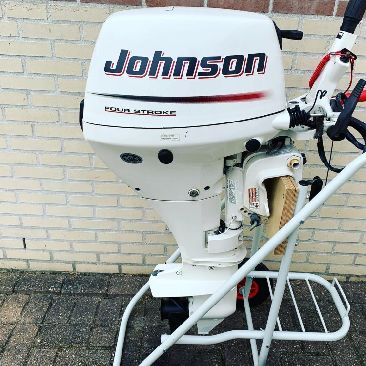 Johnson 15PK 4takt Elektrisch gestart kortstaart foto: 3