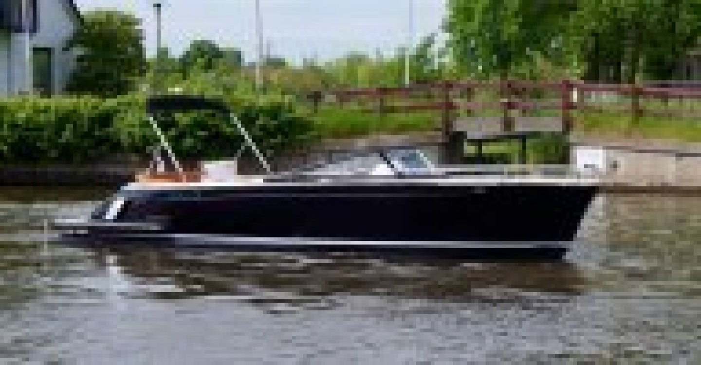 Spirit 28 tender & SHOWROOM LEEGVERKOOP foto: 2
