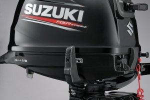 Suzuki aanbieding DF5A 4-takt kort en langstaart