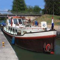 Dutch Barge Steilsteven