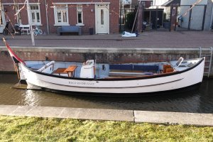 One Off Classic riveted steel lifeboat (9m)