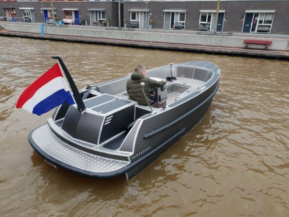 Van Vossen 600 tender/ SHOWROOM LEEGVERKOOP foto: 5