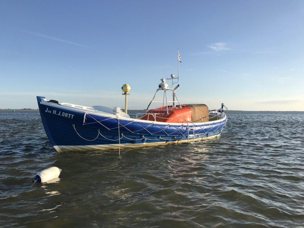 ex KNZHRM reddingboot Strandreddingboot foto: 0