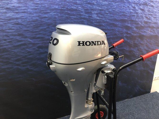 Honda 20 pk buitenboordmotor Kort staart elektrische start foto: 1