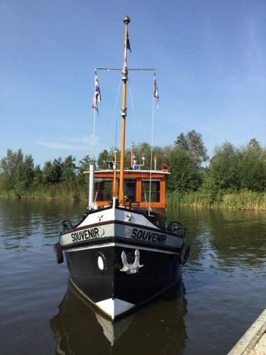 Bodewes en Dutmer Sleepboot  foto: 1
