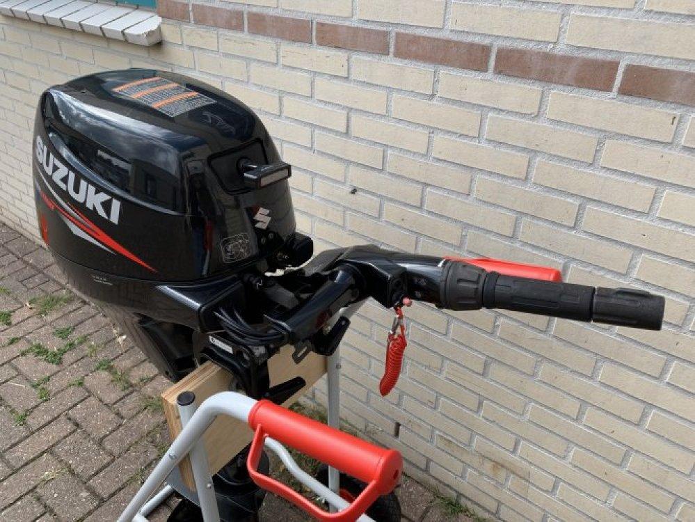 Suzuki DF8AL 8pk Langstaart 4takt buitenboordmotor foto: 4