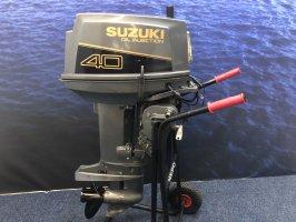 Suzuki 40 hp Two-stroke remote control and bat