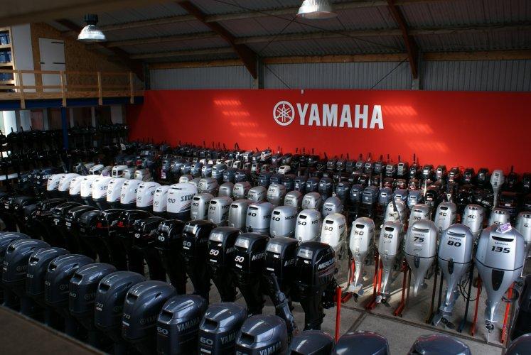 Yamaha F40FEHDS NR: 9885 foto: 1