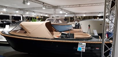 Corsiva 520 New Age grachtenboot