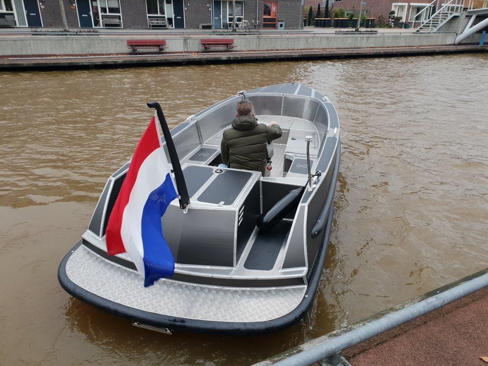 Van Vossen 600 tender & SHOWROOM LEEGVERKOOP foto: 7