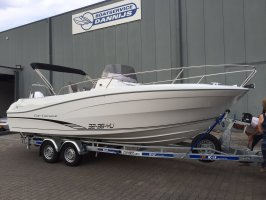 Jeanneau = SOLD 7.5 CC SERIE 2 Center console