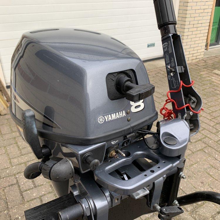 Yamaha 8pk Langstaart 4takt buitenboordmotor foto: 4