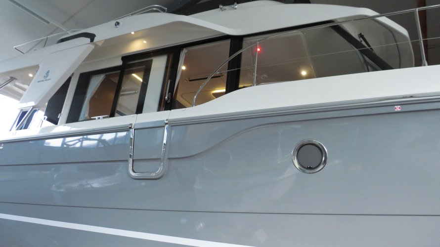 Beneteau Swift Trawler 41 Fly foto: 1