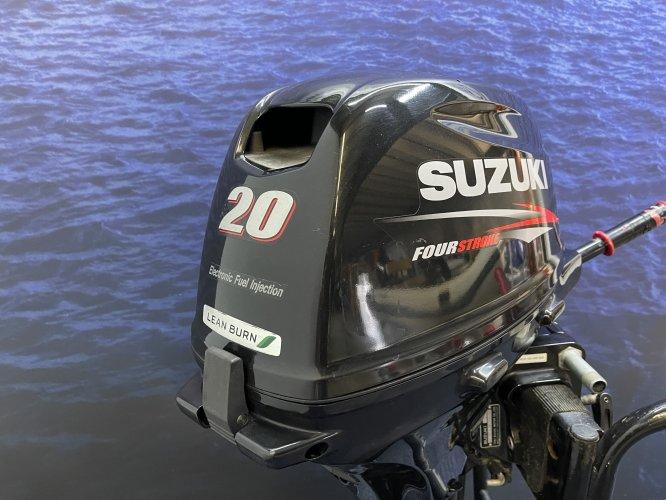 Suzuki 20 pk buitenboordmotor Langstaart afstandsbediening el start!!! foto: 1