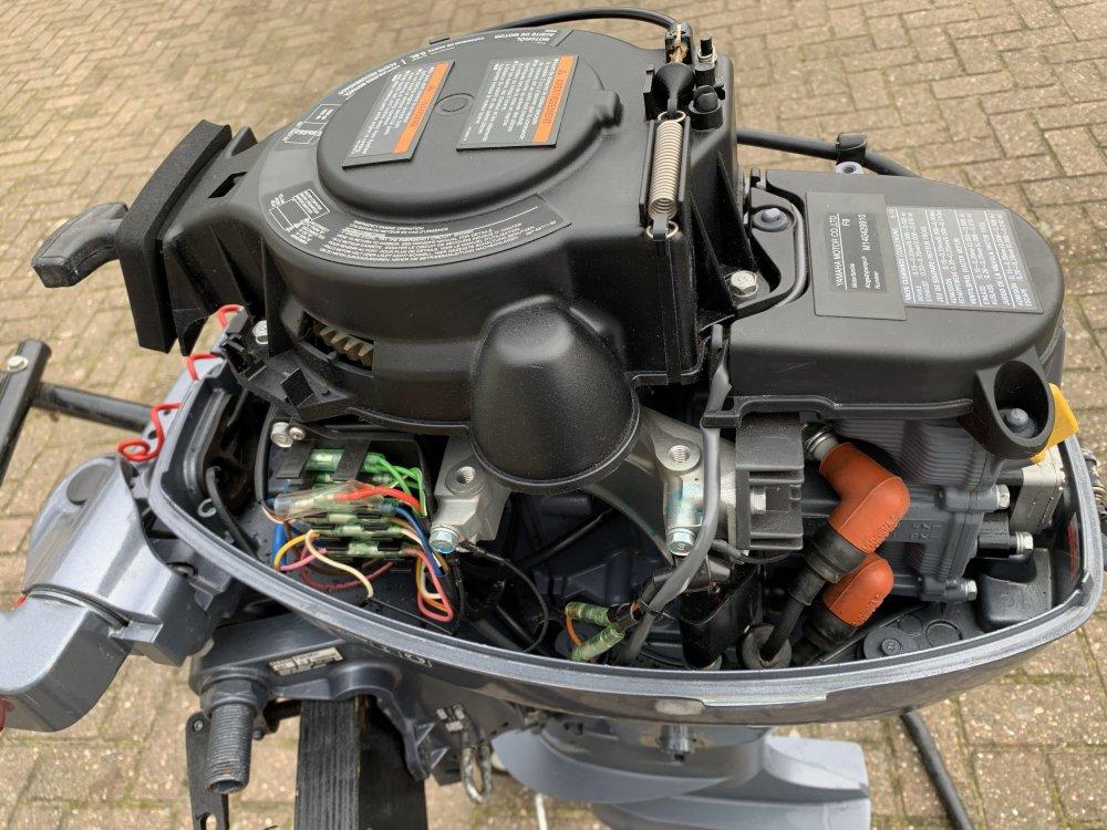 Yamaha 8pk Langstaart 4takt buitenboordmotor foto: 2