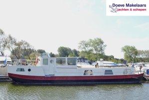 Casa flotante de vela 16.26