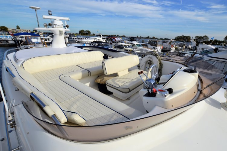 Sealine 390 Statesman Flybridge foto: 1