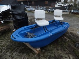 Twin Troller X10 Electric fishing boat